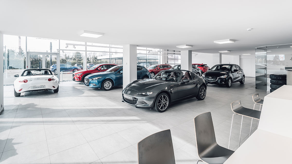 Mazda Van Haelst Showroom